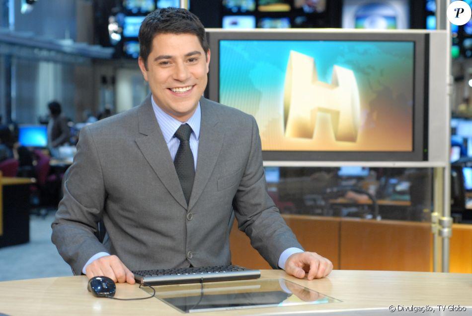 Dony De Nuccio substitui Evaristo Costa e é elogiado por internautas