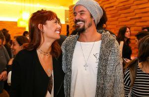Paulo Vilhena se diverte com nova namorada em pré-estreia no cinema. Fotos!
