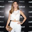 Camila Coutinho usou clutch com pedraria no lançamento da coleção primavera/verão 2018 da Colcci e da edição de agosto da revista 'Vogue', em São Paulo, em 1° de agosto de 2017
