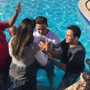 Wesley Safadão é batizado em retiro espiritual com mulher: 'Palavra e oração'