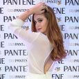 Marina Ruy Barbosa apostou em um look com decote nas costas para o evento