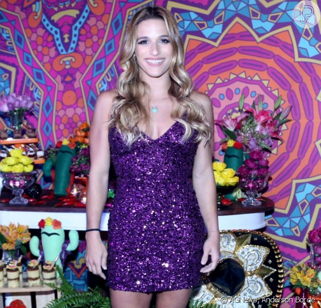 Jade Barbosa comemora aniversário de 26 anos e recebe amigos famosos e ginastas na boate Gallery, na Barra da Tijuca, Zona Oeste do Rio de Janeiro, na noite desta quarta-feira, 09 de agosto de 2017