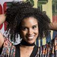 Heslaine Vieira, a intérprete de Ellen em 'Malhação', tem orgulho de seus fios e de poder representar as meninas negras
