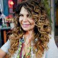A cantora Elba Ramalho é conhecida por seus cachos marcantes
