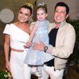 Ceará e Mirella Santos são pais da pequena Valentina, que completou 3 anos