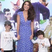 Filhos de Juliana Paes se divertem fazendo careta em pré-estreia de cinema.Fotos