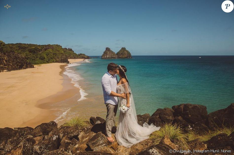 Munik Nunes vai se casar em outubro, mas a goiana já se vestiu de noiva