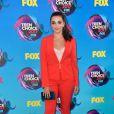 A atriz  Kendall Vertes usou  Tahari ASL no Teen Choice Awards, realizado no Galen Center, em Los Angeles, neste domingo, 13 de agosto de 2017