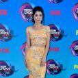 A atriz Niki Koss também apostou no recorte com look Pretty Little Thing para o  Teen Choice Awards, realizado no Galen Center, em Los Angeles, neste domingo, 13 de agosto de 2017
