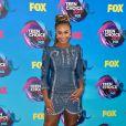 A dançarina  Nia Sioux usou look  Andrew Gn no Teen Choice Awards, realizado no Galen Center, em Los Angeles, neste domingo, 13 de agosto de 2017