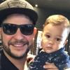 Dupla de Mateus, Jorge filma filho cortando cabelo pela 1ª vez: 'Tapa no visu'