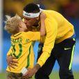 Neymar publicou vídeo do filho, Davi Lucca, cantando no Stories do Instagram