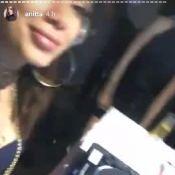 Famosos marcam presença em festa de Anitta, que banca a DJ no evento. Vídeo!