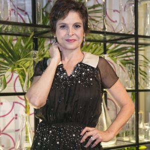 Drica Moraes. Foto do site da Pure People que mostra Drica Moraes se tornou amiga de doador de medula após cura: 'Virou meu irmão'