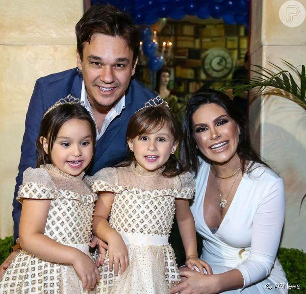 Natália Guimarães e Leandro, ex-KLB, festejam aniversário das gêmeas nesta sexta-feira, dia 18 de agosto de 2017
