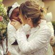 Giovanna Ewbank dividiu alguns momentos com os seguidores em seu Instagram e se declarou para a filha, Títi: 'Amor da minha vida! Eu esmago mesmo pq é muito amor, amor que não cabe em mim! Meu presente de Deus! Obrigada Senhor por iluminar, proteger e sempre guiar a nossa família! O presente mais lindo de Deus é meu!'