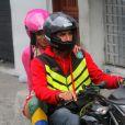Anitta subiu o Morro do Vidigal de mototáxi