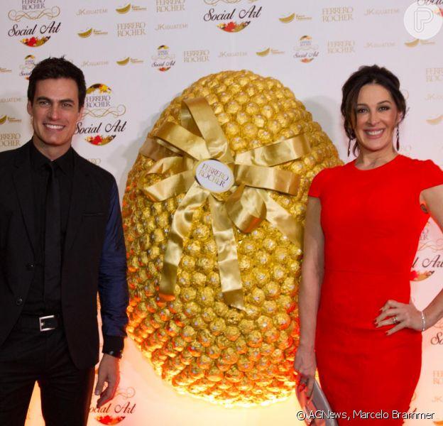 Claudia Raia participou de um evento da Ferrero Rocher que aconteceu na noite de quarta-feira, 16 de abril de 2014, em São Paulo
