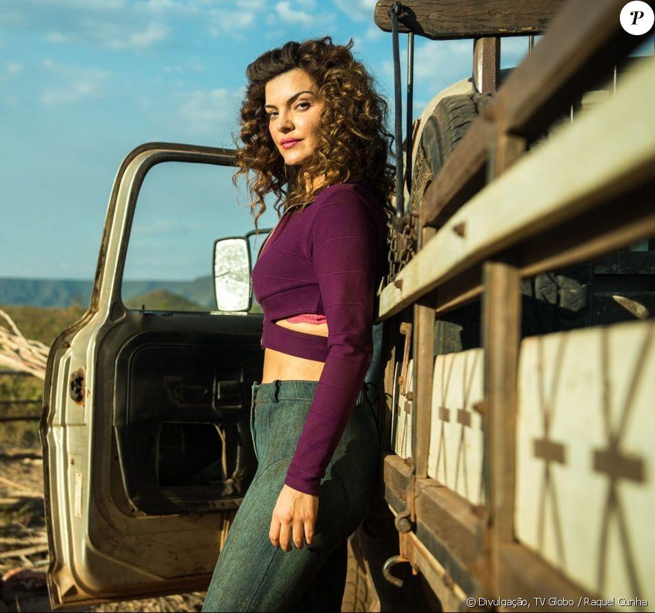 Mayana Neiva engorda quatro quilos para viver prostituta na novela 'O Outro Lado do Paraíso: 'Mulher real', disse a atriz nesta terça-feira, 22 de agosto de 2017