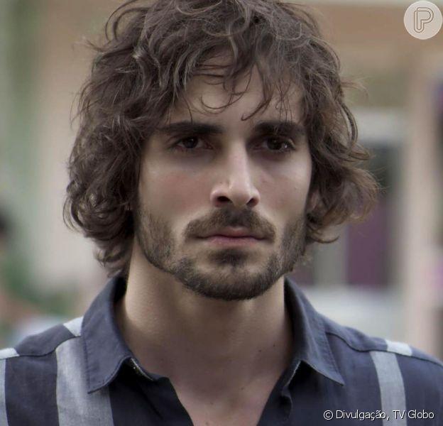 Ruy (Fiuk) vai defender Ivana (Carol Duarte) de um ataque homofóbico nos próximos capítulos da novela 'A Força do Querer'