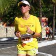 'Há seis meses eu virei triatleta. Eu corro, nado no mar, pedalo e faço funcional', disse Ana Paula Araújo