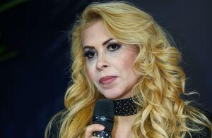 Joelma é derrubada no palco por fã durante show em São Paulo. Veja vídeo!