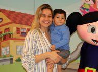 Fernanda Gentil prestigia espetáculo infantil com o filho, Gabriel, no Rio