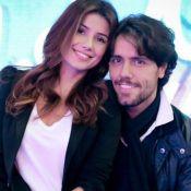 Paula Fernandes, longe do namorado, ganha declaração em aniversário: 'Meu amor'