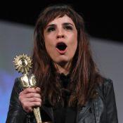 Gramado: Maria Ribeiro leva prêmio por 'Como Nossos Pais'. 'Papel da minha vida'