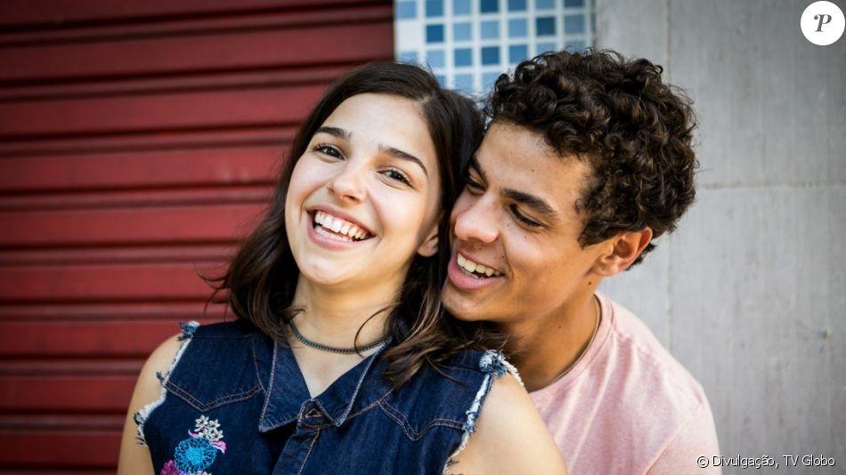 Matheus Abreu, o Tato de 'Malhação', disse que assim como o personagem também sofre por amor: 'Se não sou correspondido, não posso negar, vira uma sofrência, sim'
