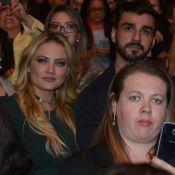 Ellen Rocche, ao lado de moreno, curte show de Roberto Carlos em SP. Fotos!