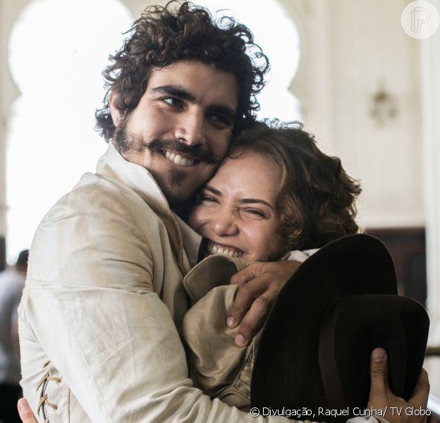 Leopoldina (Leticia Colin) e Pedro (Caio Castro) ficam juntos e felizes no final da novela 'Novo Mundo', em 26 de setembro de 2017