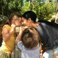 Simaria mantém os filhos longe dos holofotes, mas recentemente publicou um clique com os herdeiros
