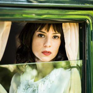 Andreia Horta Novela. Foto do site da Pure People que mostra Andreia Horta encarna vilã reclusa em nova novela: 'Vergonha do rosto queimado'