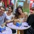 Giulia Gayoso e Ricardo Vianna também foram ao chá de bebê do filho de Aline Dias e Rafael Cupello