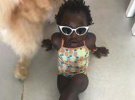 Giovanna Ewbank exibe Títi toda estilosa de maiô: 'Não aguento tanta pose'