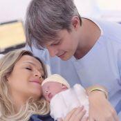 Eliana e noivo, Adriano Ricco, mostram rosto da filha, Manuela: 'Muito esperada'