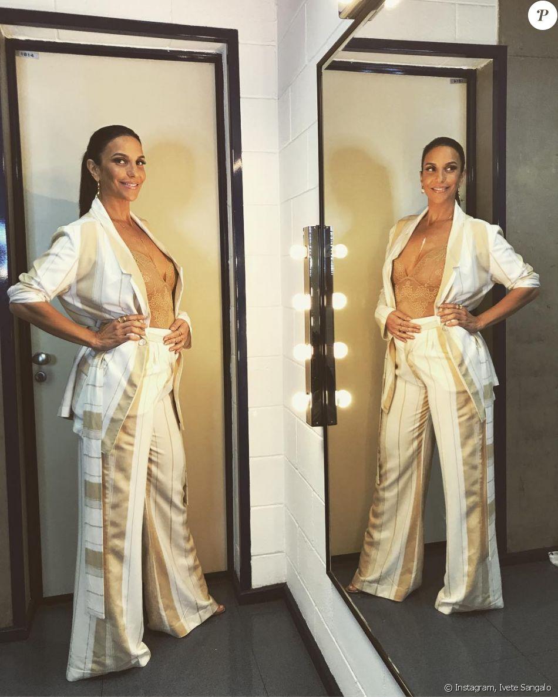 Ivete Sangalo anuncia gravidez de gêmeos em post do Instagram nesta terça-feira, 12 de setembro de 2017: 'Não sei por que essa calça não fecha? Hahahaha! Ela tá GRÁVIDA!!!'