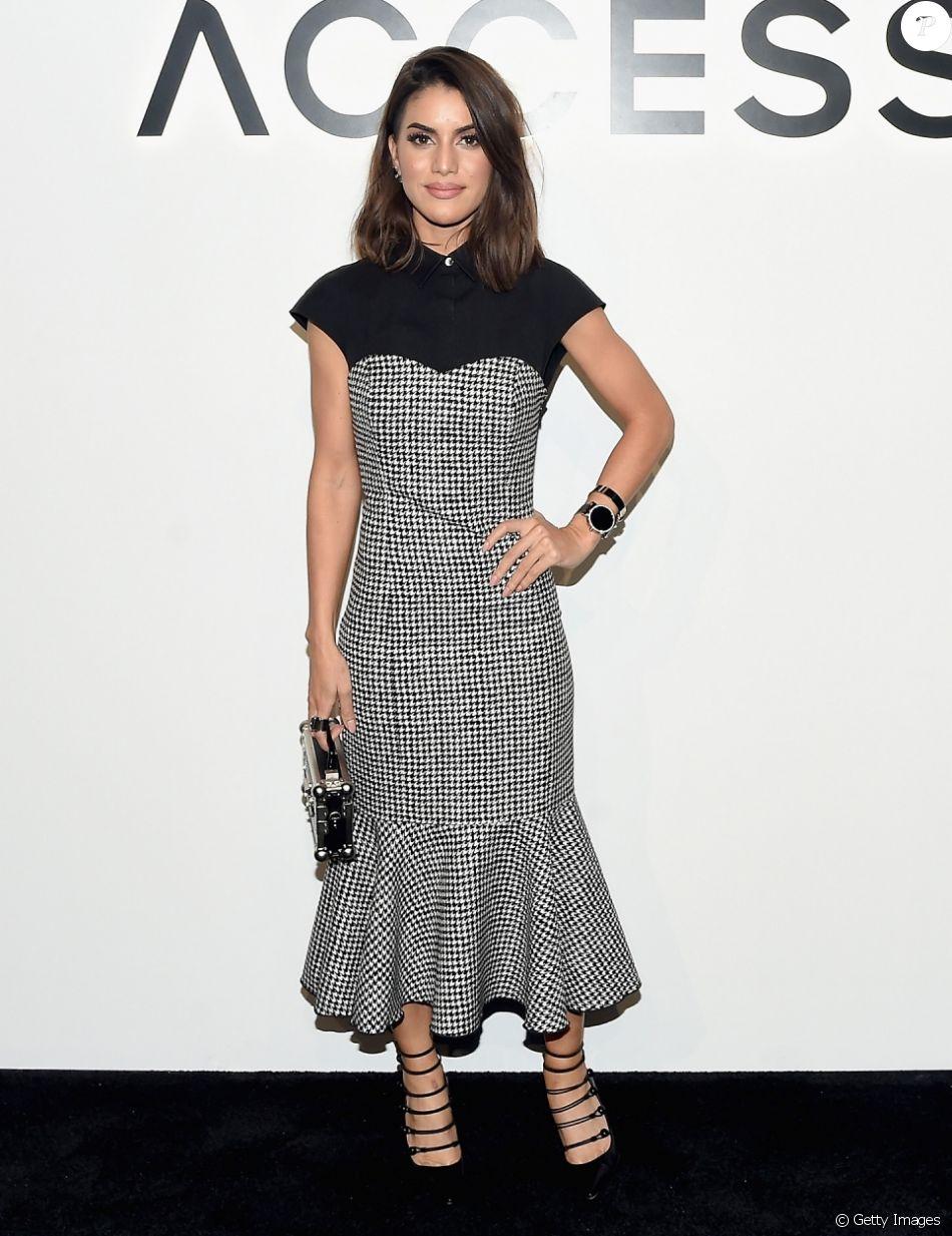 f8f99c410914e Camila Coelho vestiu Michael Kors em evento da grife, no dia 13 de setembro  de 2017, e completou o look com sandálias Gianvito Rossi