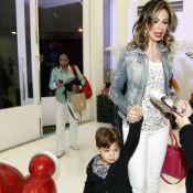 Luciana Gimenez leva Lorenzo ao aniversário da filha de Daniela Albuquerque