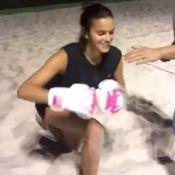 Focada! Bruna Marquezine acerta golpes em personal e vibra com dança: 'Consegui'