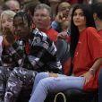 Kylie Jenner pode estar grávida de uma menina, fruto do seu relacionamento com Travis Scott