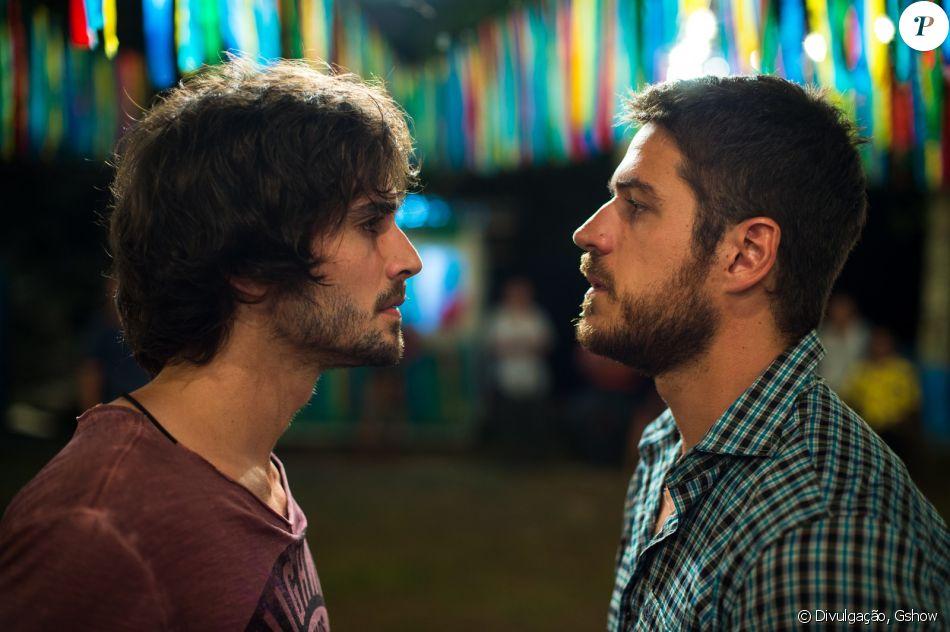 Zeca (Marco Pigossi) leva um tiro de Ruy (Fiuk), na novela 'A Força do Querer', em 2 de outubro de 2017