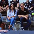 Príncipe Harry e Meghan Markle  assistiram a um jogo de tênis em cadeiras de rodas no Invictus Games 2017