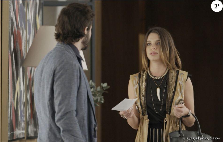 Cibele (Bruna Linzmeyer) entrega novamente o resultato do teste de DNA a Ruy (Fiuk) e avisa que ele não é pai biológico do de Ruyzinho (Lorenzo Souza), na novela 'A Força do Querer', em 16 de outubro de 2017