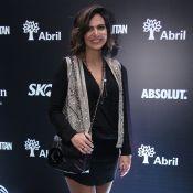 Promoter Carol Sampaio estreia na moda com modelo de bolsa: 'Tem fila de espera'
