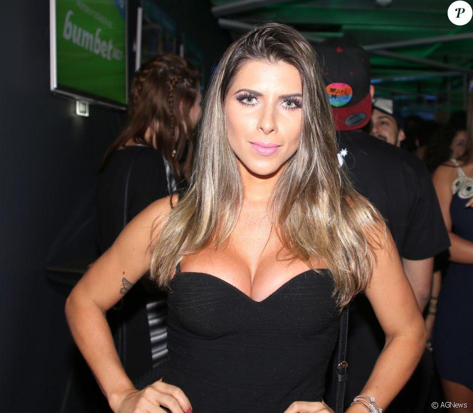 Ana Paula Minerato Nude Photos 8