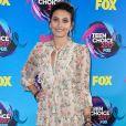 Paris Jackson, filha de Michael Jackson, usou vestido floral Zimmermann no Teen Choice Awards 2017, realizado em Los Angeles no dia 13 de agosto