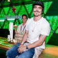 Caio Castro  curtiu a mesma festa que Renato Góes após show de rock