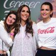 Ivete Sangalo posou com as modelos Isabella Fiorentino e Fernanda Motta